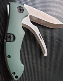 Foldekniv m/Bukåpner Grøn